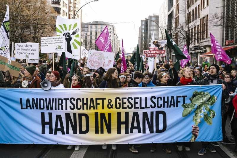 Umfrage: Deutsche stehen hinter Demo