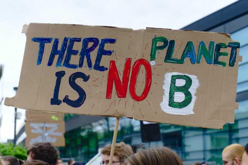 Klimastudie: Unternehmen fordern höheren CO2-Preis